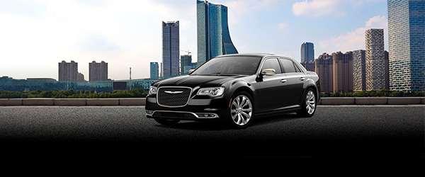 Chrysler 300C apresenta equipamentos exclusivos