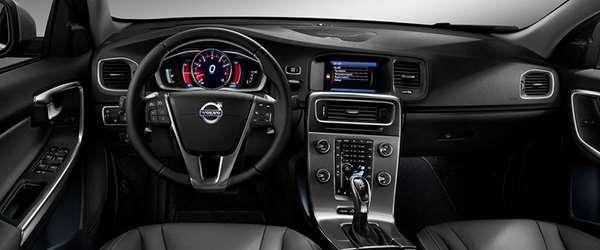 Volvo S60 em até 100 parcelas sem juros, aproveite!