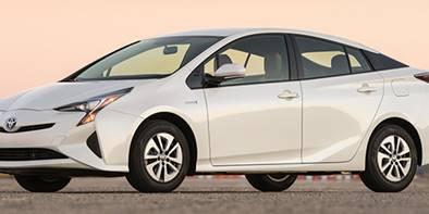 Novo Toyota Prius chega ao mercado brasileiro