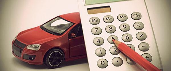 Como calcular o valor final de um veículo em um consorcio?